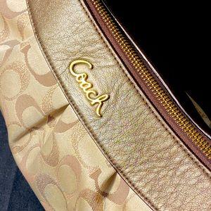 Coach brown metallic signature   Purse with strap